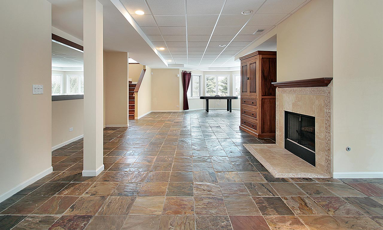 kameni pod u sobi